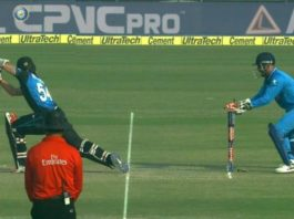 MS Dhoni Stumping Luke Ronchi Ind VS NZ